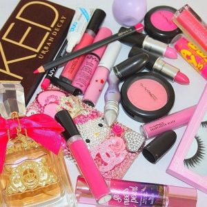 pretty make up products